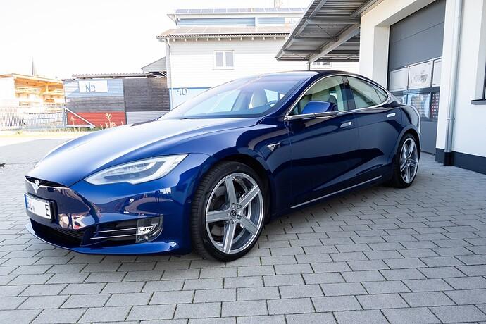 2021-09-05_Tesla_ToddeMK300416_ohne Kennzeichen