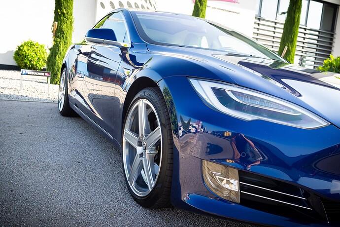 2021-09-05_Tesla_ToddeMK300447