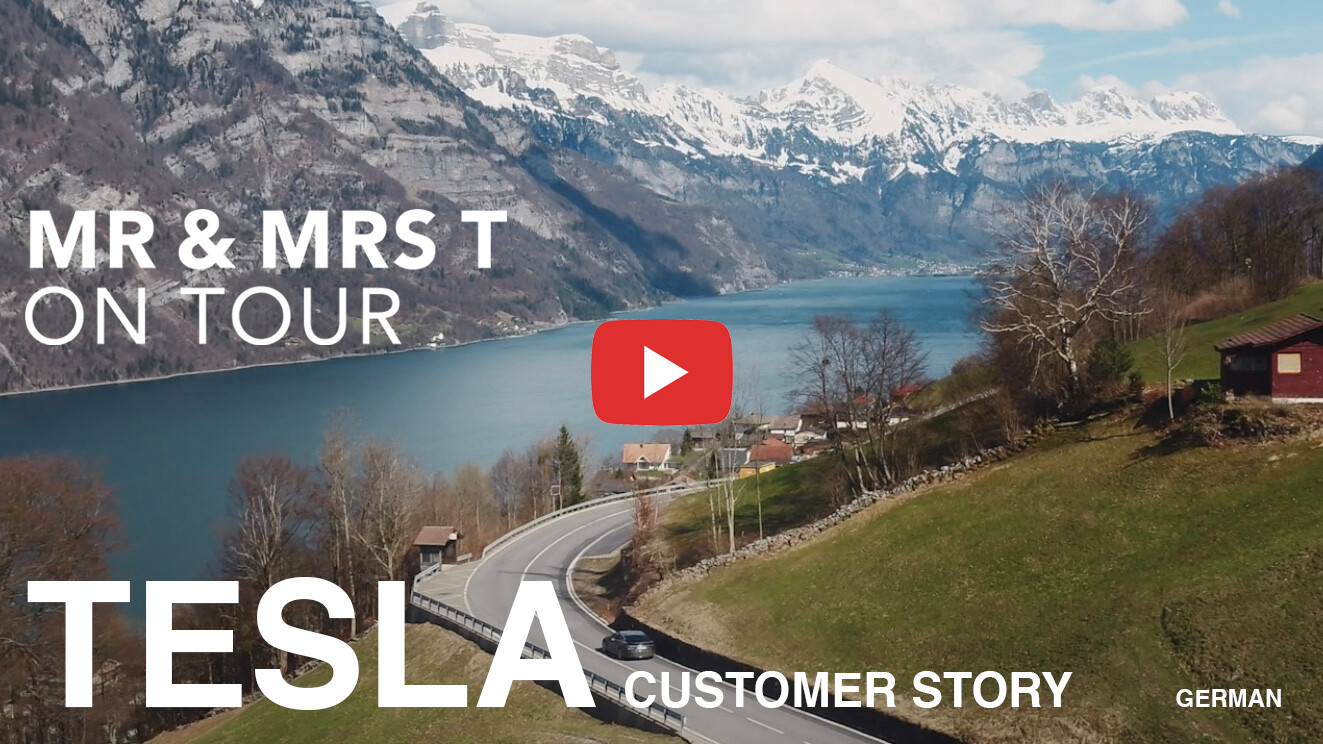 tesla-customer-story-cover-logo.DE PLAY